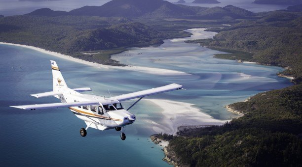whitsundays scenic flight